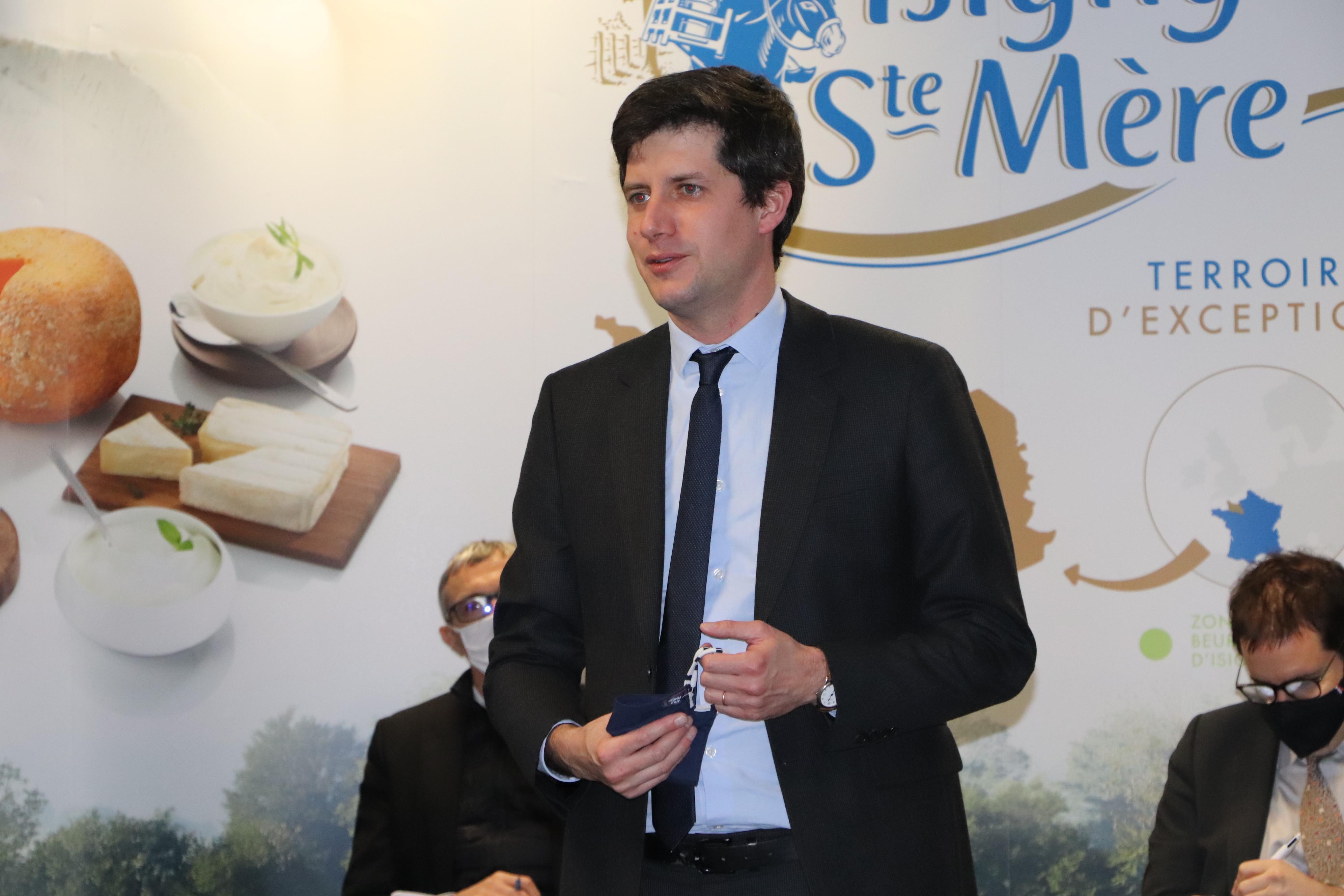 Julien Denormandie en visite à la coop isigny 5 janvier 2020